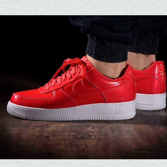 "NWT Air Force 1""07 LV8 UV Siren Red M AUTHENTIC NWT"